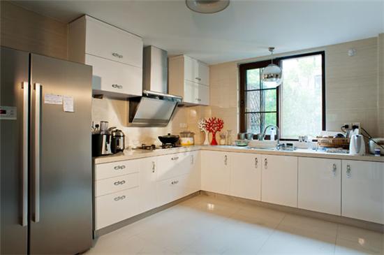【厨房地砖】颜色选择同样重要